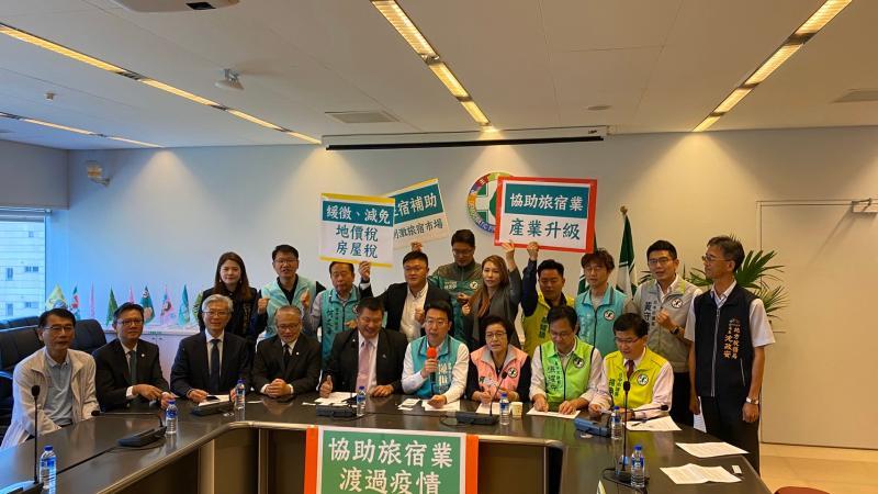 武漢肺炎疫情衝擊旅宿業 綠營議員要求中市府提紓困方案