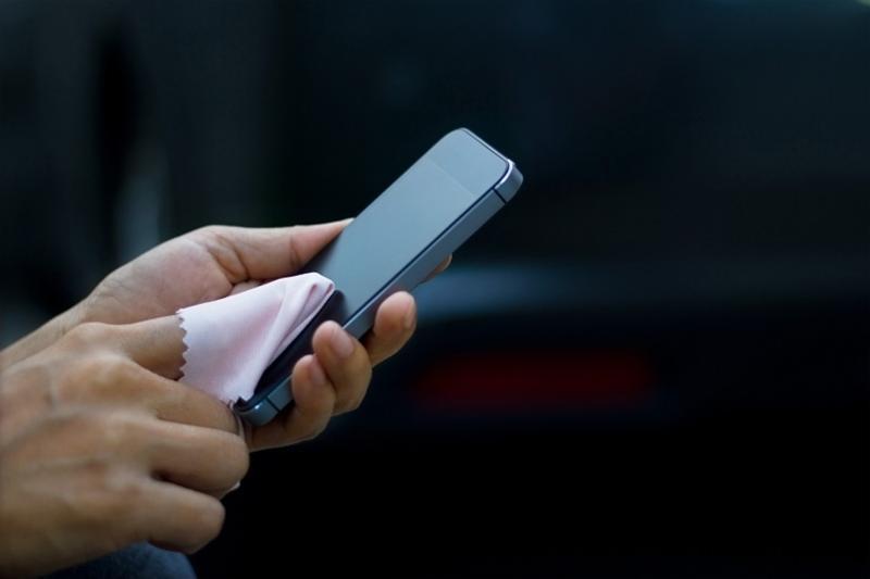 房市/不讓手機養病毒 簡易清潔方式大公開