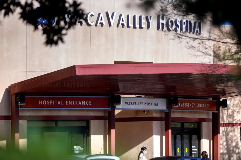 ▲美國加州的索拉諾郡和克拉拉郡,接連傳出不明感染源的武漢肺炎病例。圖為事發的索拉諾郡瓦卡維爾醫療中心( Vacaville Medical Center )。(圖/美聯社/達志影像)