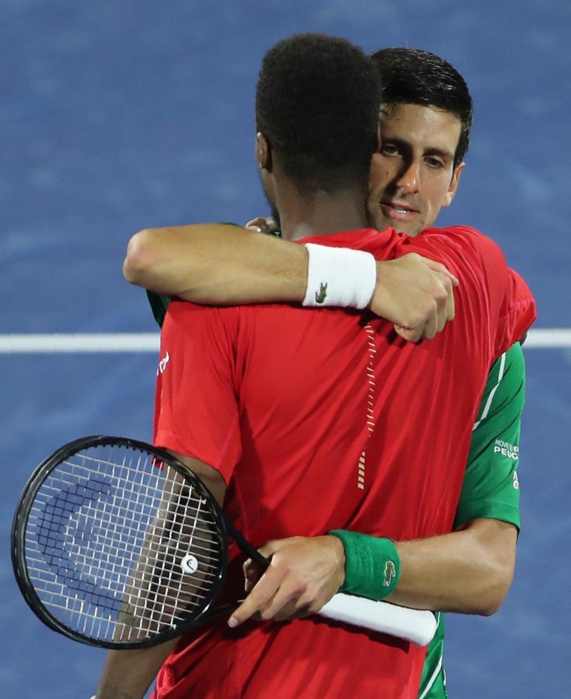 網球/化解對手3個賽點 球王喬帥取開季17連勝闖杜拜決賽