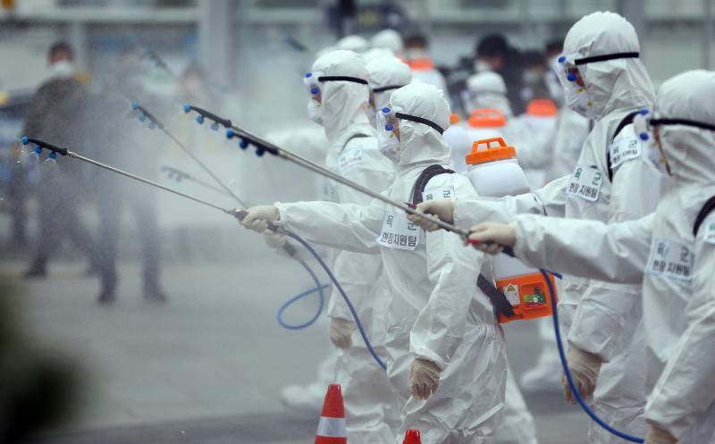 為何韓國不封城就能<b>控制</b>疫情?知情人曝1關鍵心態:模範
