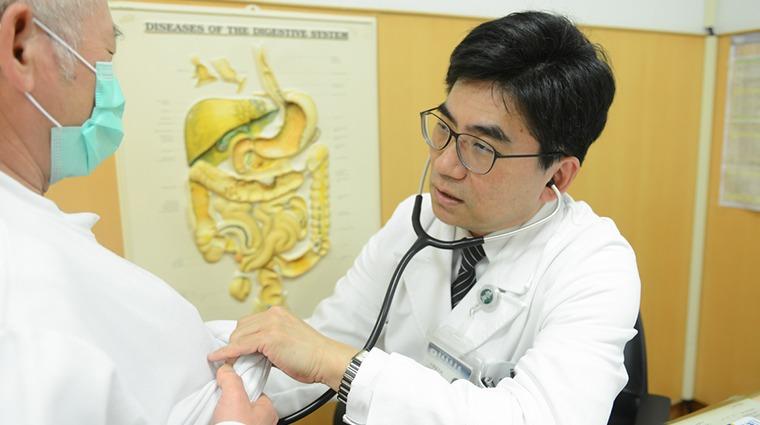 食道癌早期發現免手術 內視鏡熱射頻燒灼可治癒