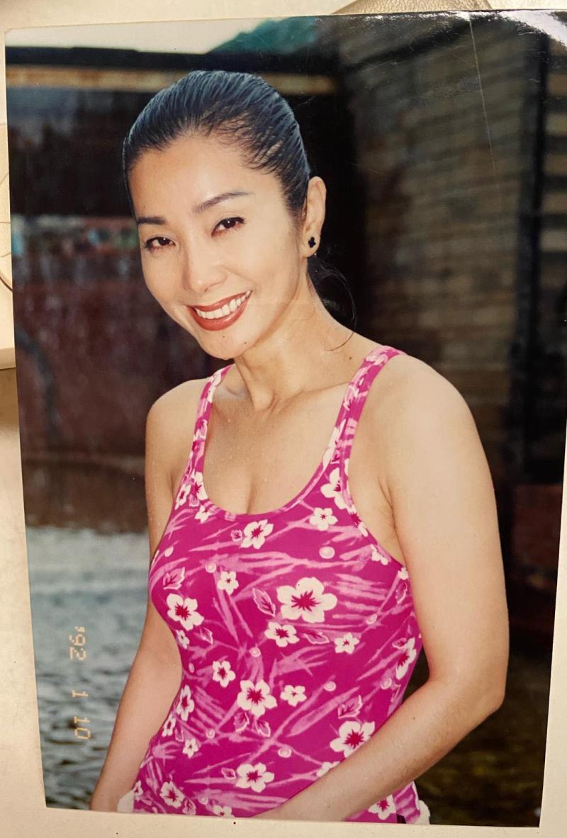 <br> ▲陳美鳳20多年前的辣照曝光。(圖 / 翻攝陳美鳳臉書)