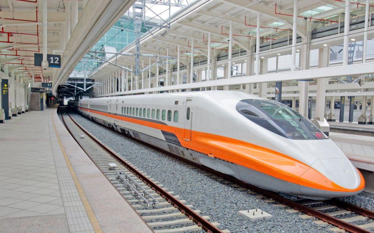 ▲台灣高鐵成為南北往來的重要大眾交通工具,然而有名網友透過高鐵APP訂票後,卻因一舉動可能得退票重新購票了。(示意圖/高鐵提供)