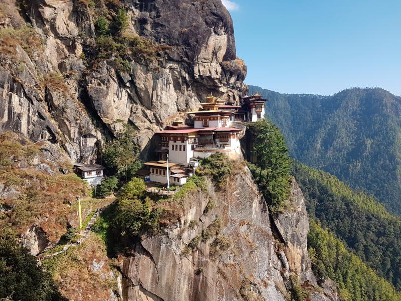 ▲不丹 6 日傳出首例武漢肺炎確診。圖為不丹著名的塔克桑寺。(圖/美聯社/達志影像)