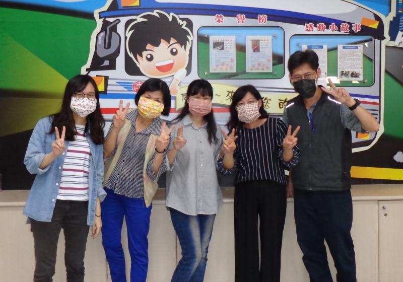 武漢肺炎疫情<b>延燒</b> 高雄苓雅監理站自製口罩