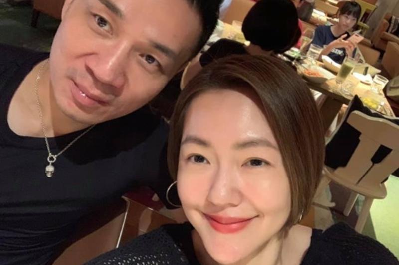 ▲小S(右)與許雅鈞結婚14年。(圖/取自小S臉書)