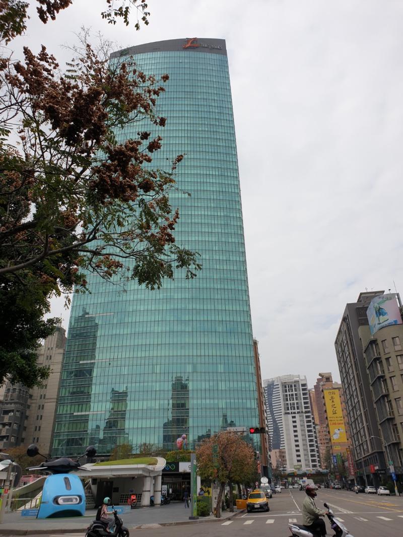 疫情衝擊撐不住 台中地標亞緻飯店吹熄燈號