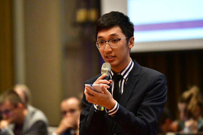 殊榮!成大學生李柏錦 高票當選世界醫學生聯盟會長