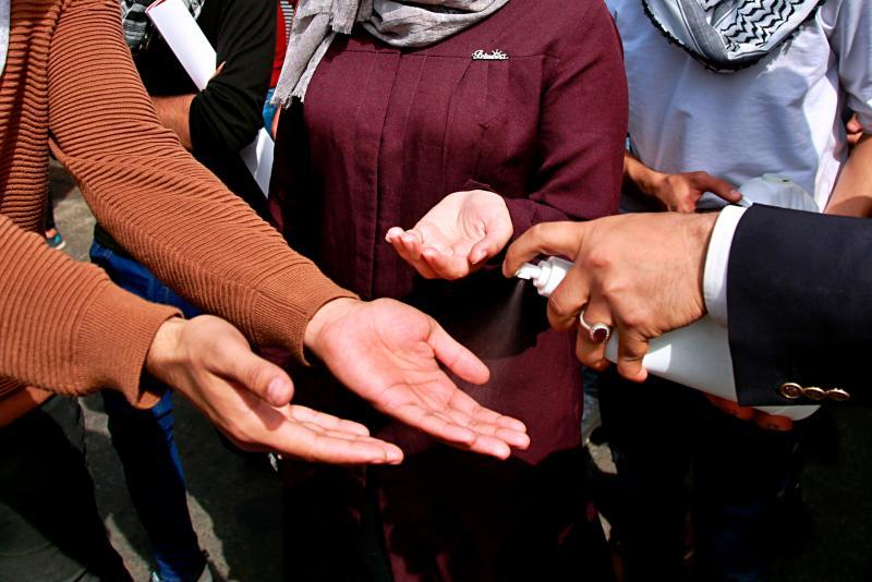 ▲武漢肺炎疫情擴散全球,許多大型活動紛紛取消,即便舉行也祭出各種防疫措施。(圖/美聯社/達志影像)