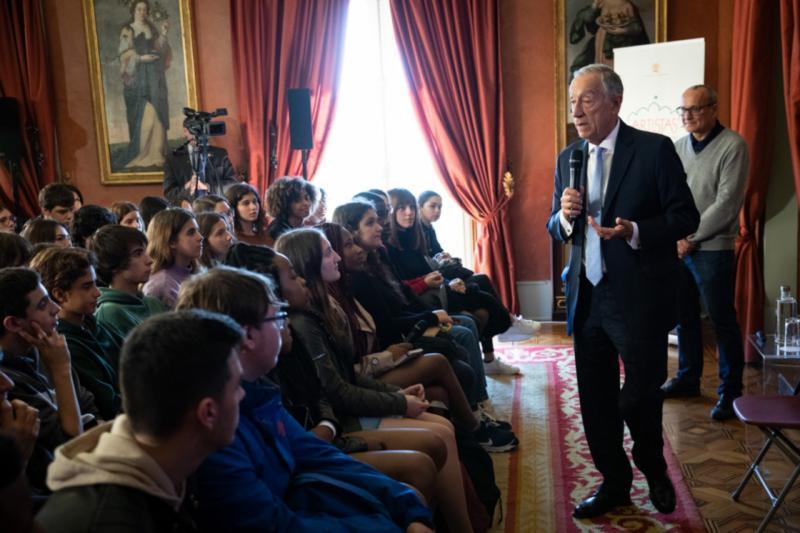 ▲葡萄牙總統德索薩本月 3 日曾於總統府接見學生。(圖/翻攝自葡萄牙總統府官網)