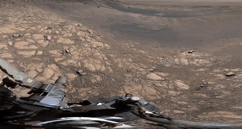 <br> ▲火星上有著荒涼的大地及佈滿岩石顆粒的表面。(圖/翻攝自影片)