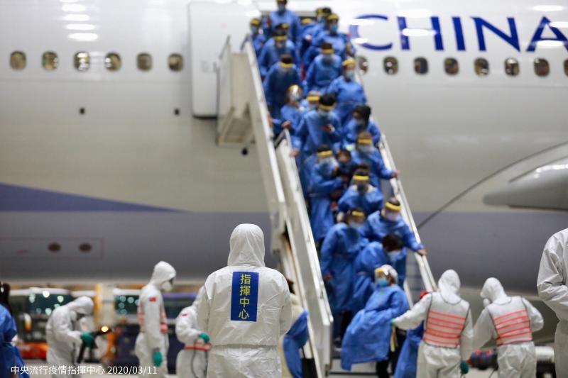 武漢「類包機」為何選在上海? 陳時中:以便利性考量