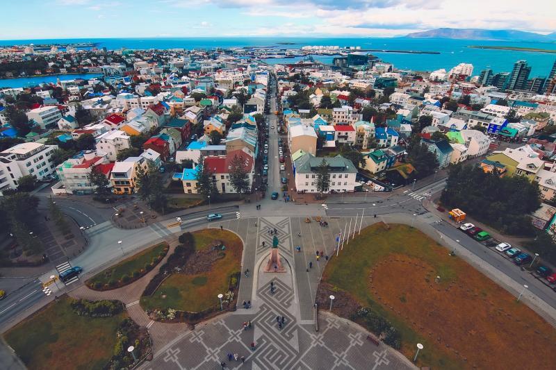 ▲原 PO 製出一表列出各國「每萬人發生率」,發現第一名竟是冰島,貼文意外掀起網友熱議。(示意圖/翻攝自 Pixabay )