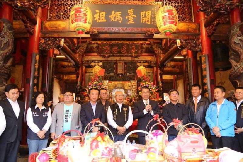 徐國勇到奉天宮拜媽祖 感謝對防疫工作的支持與幫忙