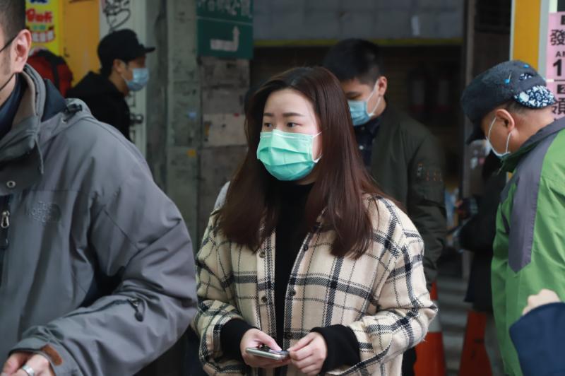 武漢肺炎防疫配圖(口罩、量體溫)_200219_0071