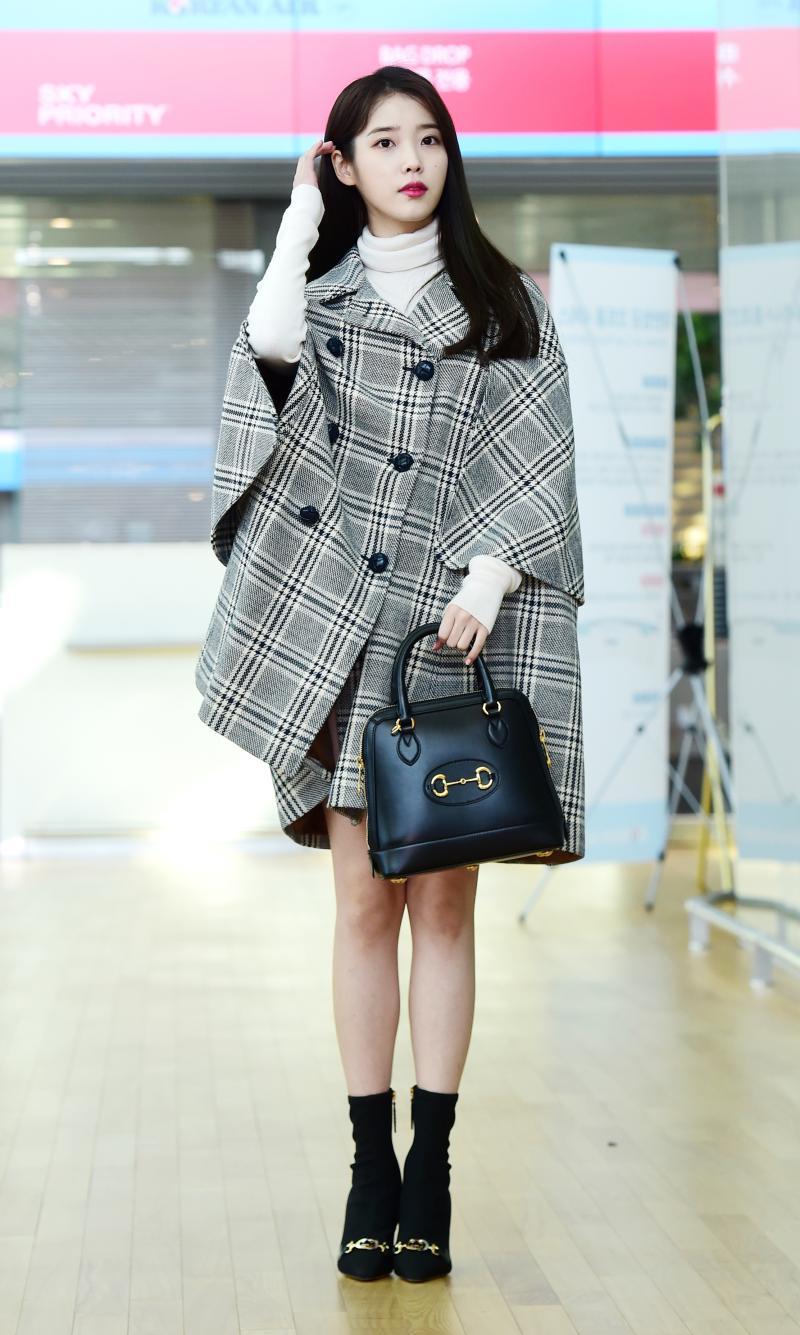 韓星加持!揭露宋慧喬、朴敏英、IU從機場背到秀場的夯包