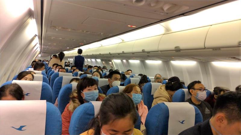 ▲到土耳其旅遊的8人高度懷疑與台灣剛確診的9位搭乘同一班飛機,不過因座位不在前後3排的區域,不算是「密集接觸者」,才沒有被列為居家檢疫的對象。(圖/記者張塵攝,2020.03.18)