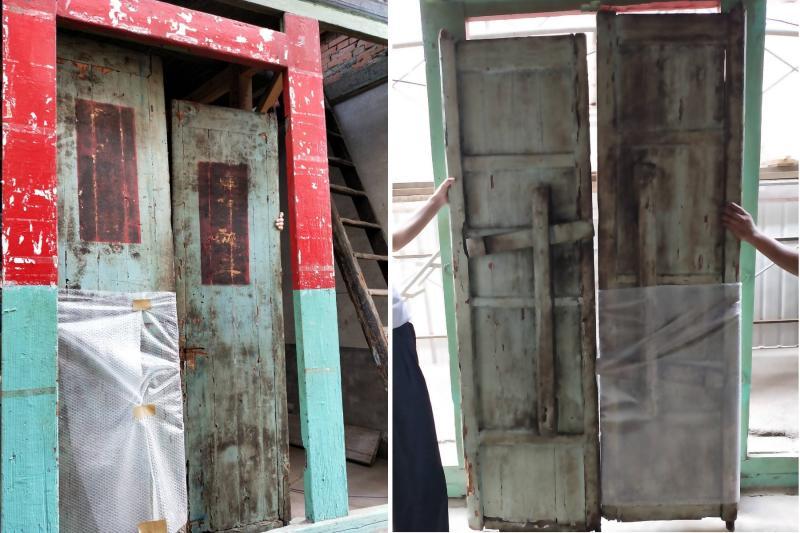縣定古蹟北港集雅軒發現一組清代木門