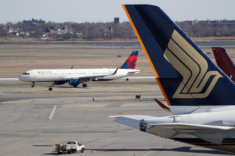 史丹佛大學教授:政府應保障企業生存但「不包括航空業」