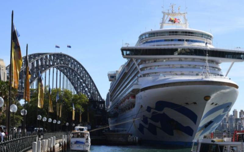 ▲目前正停泊在澳洲雪梨的「紅寶石公主號」郵輪。(圖/翻攝自澳洲 9 News )
