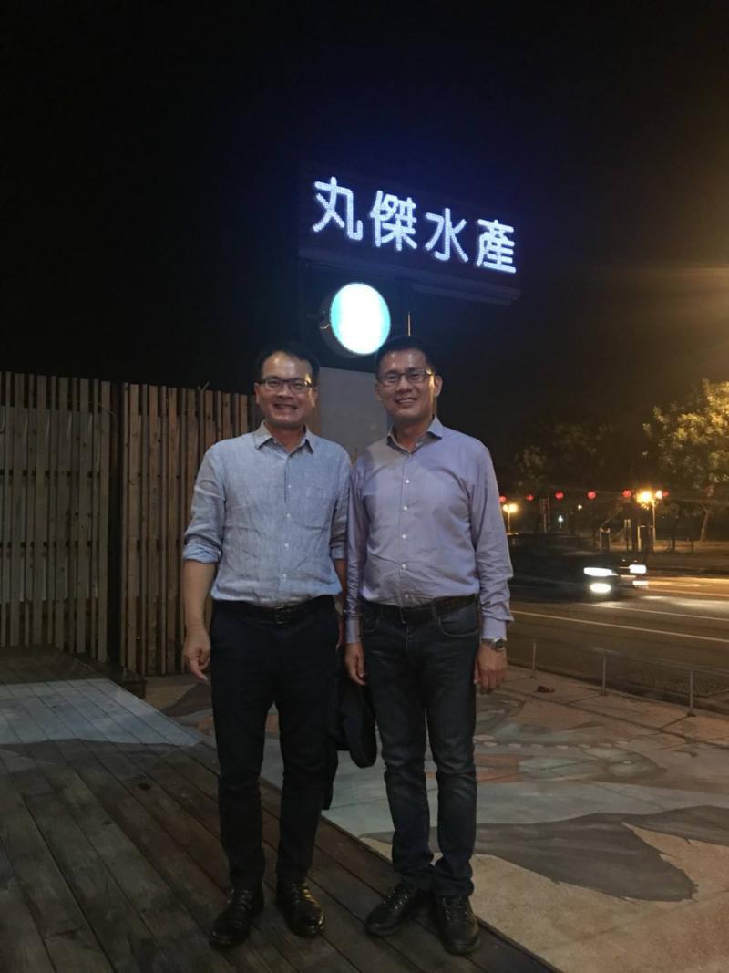 台南知名水產餐廳「丸傑水產餐廳」,驚傳將暫時歇業,右為老闆林士傑