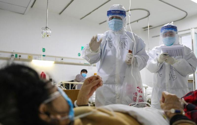 不怕院內感染!醫院提前布局 推智慧防疫機器人