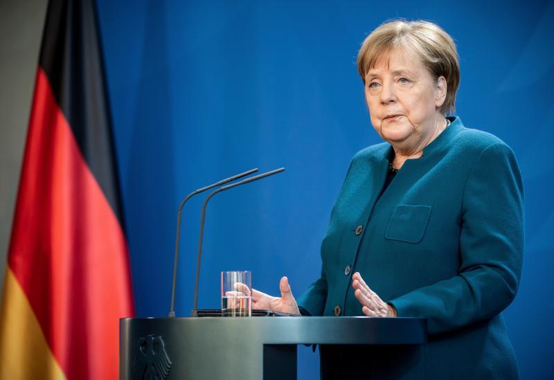 德總理親身嘗試混打!梅克爾施打AZ後 第2劑接種莫德納