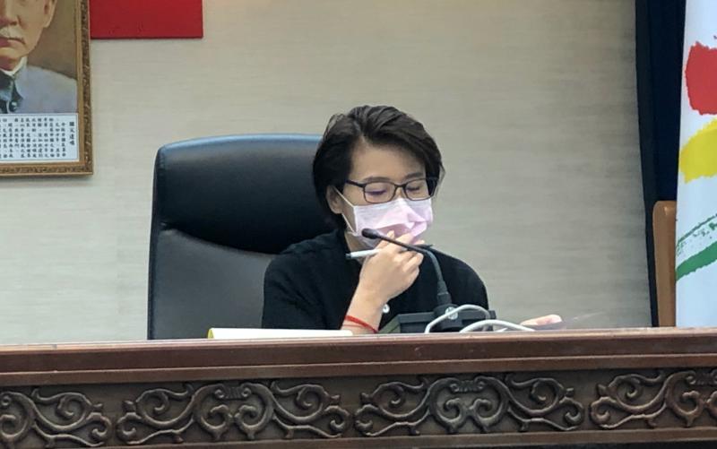 北市防疫快忙翻 黃珊珊向中央喊話:不要支援、要<b>授權</b>!