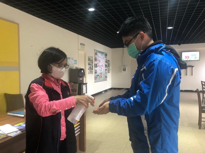 中市各旅遊服務中心強化防疫措施 旅遊更安心