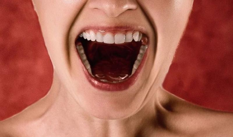 口臭只是火氣大?醫師警告:小心是身體這些部位出問題