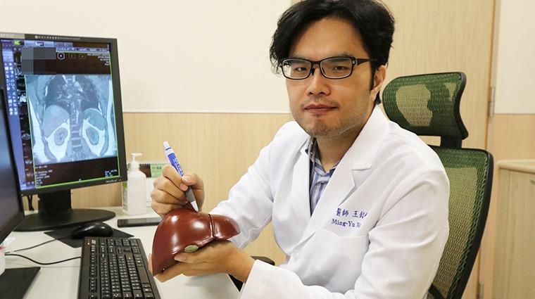 中年B肝男腹脹難耐就醫確診肝癌 貪杯終釀「肝悲」