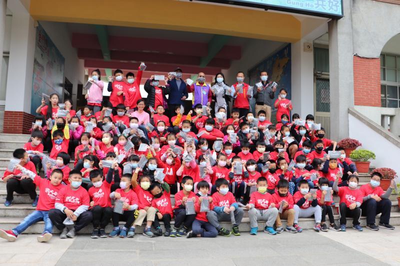 300個兒童花帔可愛口罩套