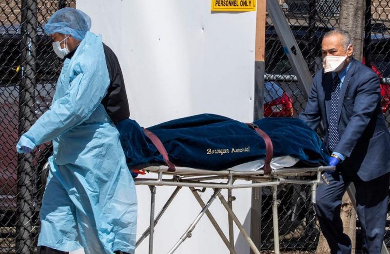 白宮預估24萬人染疫死亡 美國防部擬準備10萬<b>屍袋</b>應急