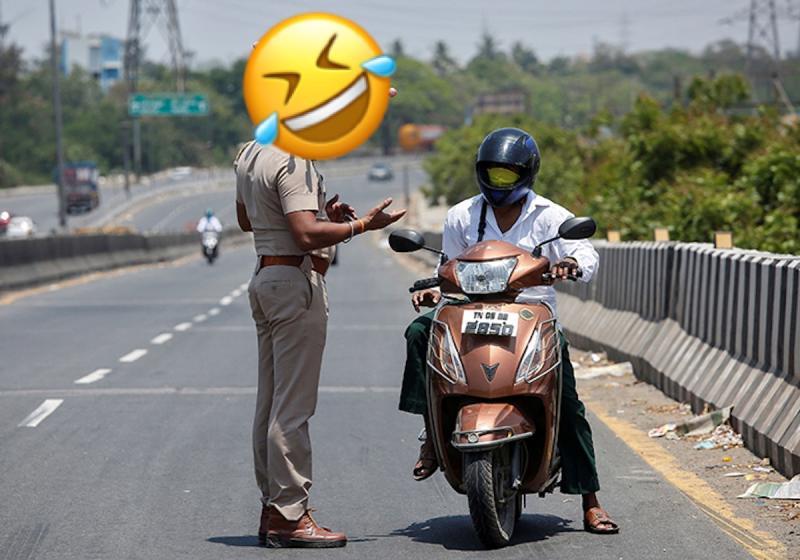 ▲印度警戴「冠狀病毒盔」籲防疫,誇張模樣笑翻網。(圖/翻攝自外媒)