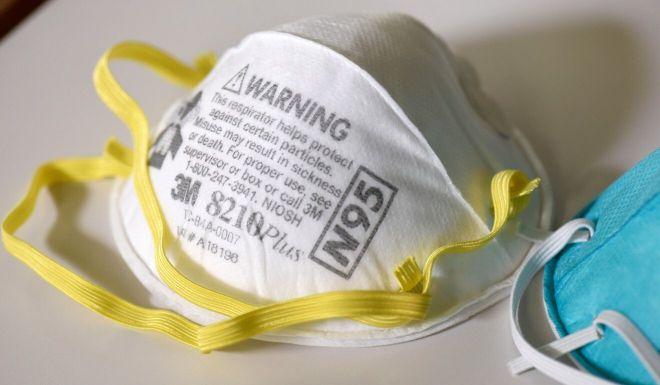 防變種病毒 德國強制民眾戴醫用口罩