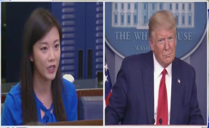▲川普在記者會上與香港鳳凰衛視女記者對答,問她是否為北京工作。(圖/翻攝自每日傳訊)