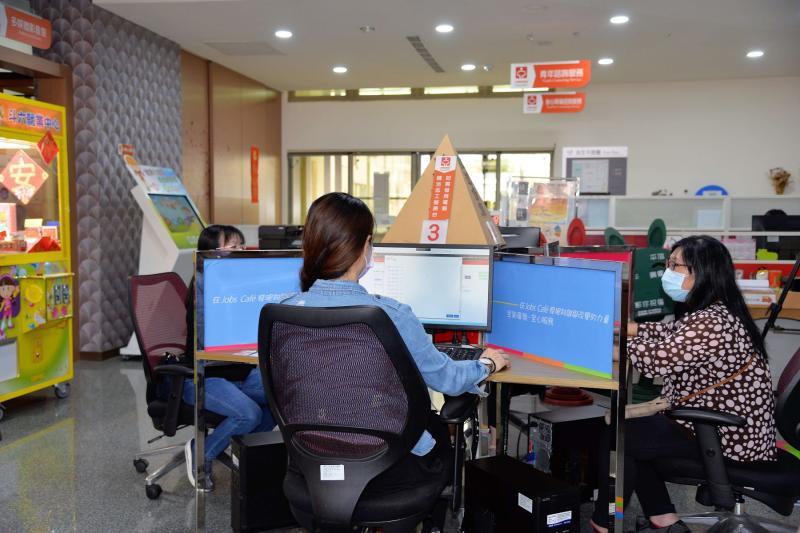 雲林「安心即時上工」13日啟動 縣府、公所釋出473職缺