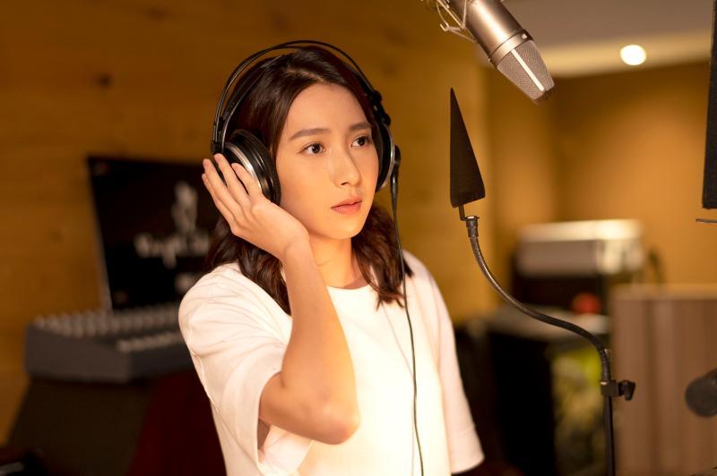 <br> ▲楊晴第一次進錄音室。(圖 / TVBS提供)