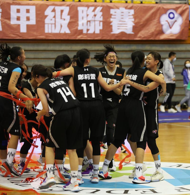 JHBL/天才少女張聿嵐宰制全場 復興女籃奪得隊史首冠