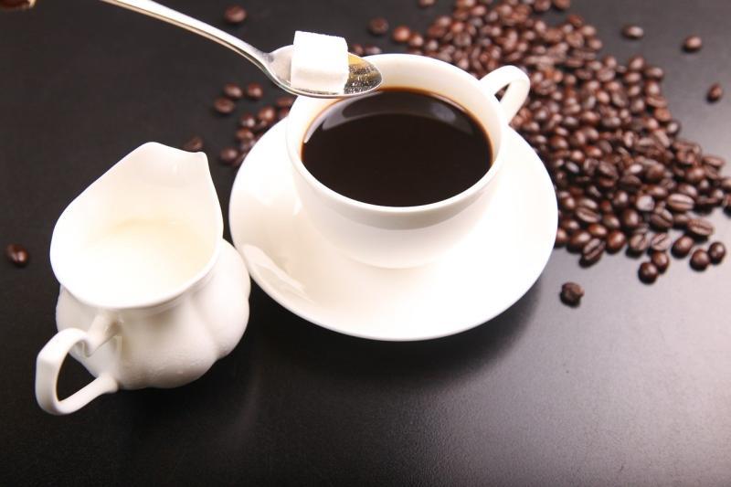 客點黑咖啡「喝一口要退」<b>早餐店</b>妹氣炸!真相曝光眾傻眼