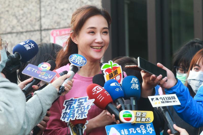 ▲何妤玟宣布結束 8 年婚姻後,首度出面向媒體說明近況。(圖/記者葉政勳攝 , 2020.04.14)