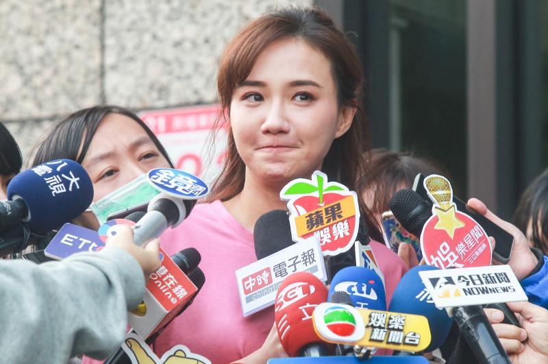 ▲何妤玟宣布結束8年婚姻後,首度出面向媒體說明近況。(圖/記者葉政勳攝 , 2020.04.14)