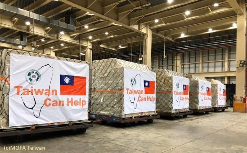 ▲台灣捐口罩給德國。(圖/翻攝自德國在台協會臉書)