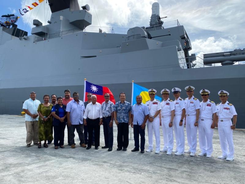 海軍到帛琉為何不戴口罩?眾曝「暗黑真相」:當過兵都懂
