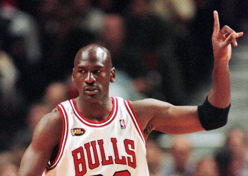 NBA/不情願用天價留喬丹 公牛老闆:我可能會終生後悔
