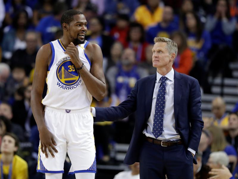 NBA/昔日勇士師徒重逢 柯爾盛讚KD天賦更勝喬丹