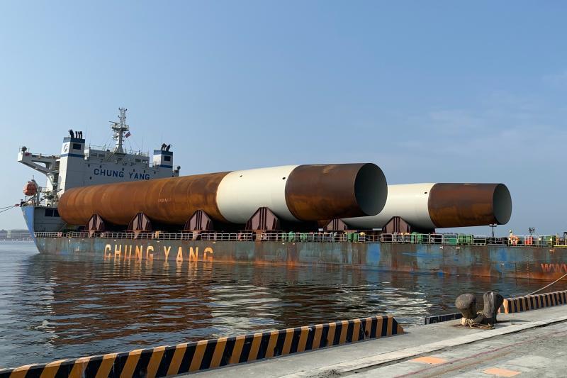 ▲台灣港務公司對於離岸風電營運主軸,已逐步落實,以配合政府發展綠能政策。(圖/記者黃守作攝)