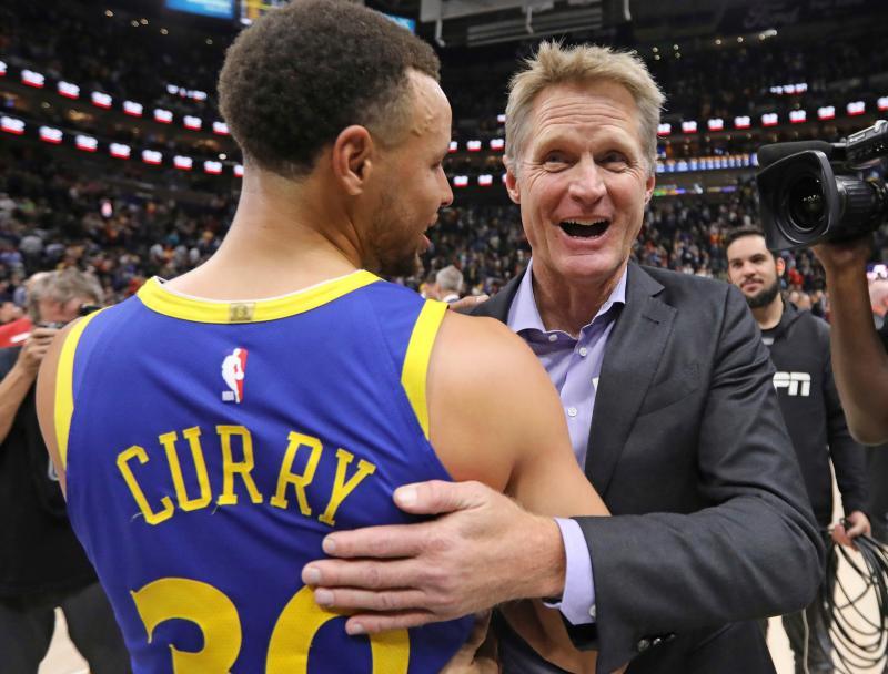 NBA/每場球都是場秀 柯爾:在這一點上柯瑞和喬丹很像
