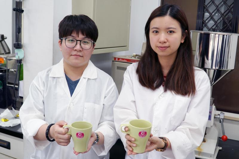 <br> ▲大葉大學科技學院分享中藥養生茶飲配方。(圖/記者陳雅芳攝,2020.04.23)